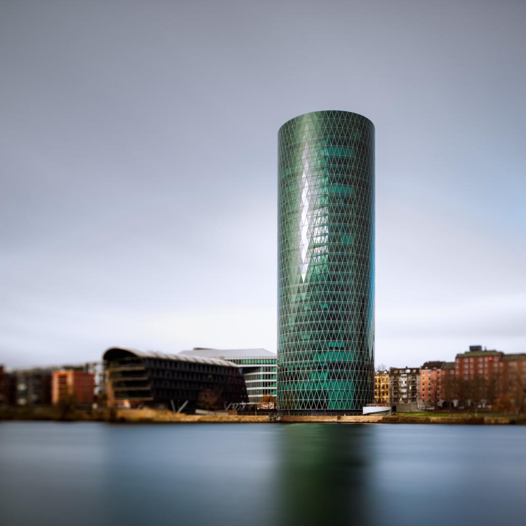 Westhafen Tower Frankfurt – I